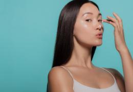 Layering: i 7 step della skincare giapponese a strati