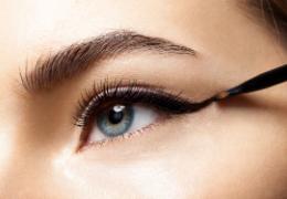 Eyeliner: segreti e consigli per applicarlo al meglio